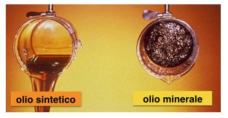 olio_sintetico_contro_olio_minerale