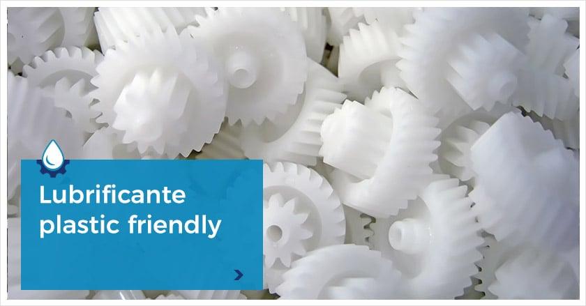 Compatibilita-materie-plastiche--sensibili-agli-attacchi-chimici-1