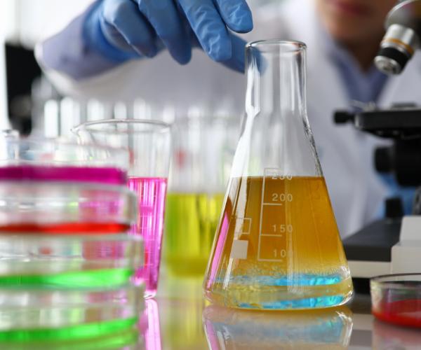 formulazione grassi e oli lubrificanti macon research